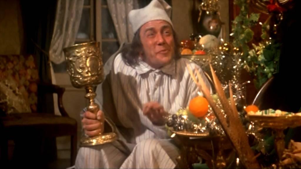 Albert-Finney-Scrooge